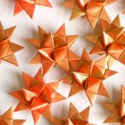 Golden Red Froeble Stars